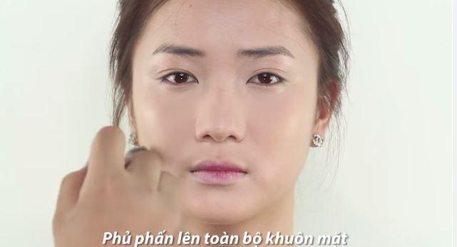 cach_trang_diem_nhe_nhang_tuoi_tan_giong_song_hye_kyo_7