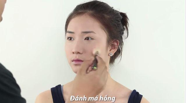 cach_trang_diem_nhe_nhang_tuoi_tan_giong_song_hye_kyo_8